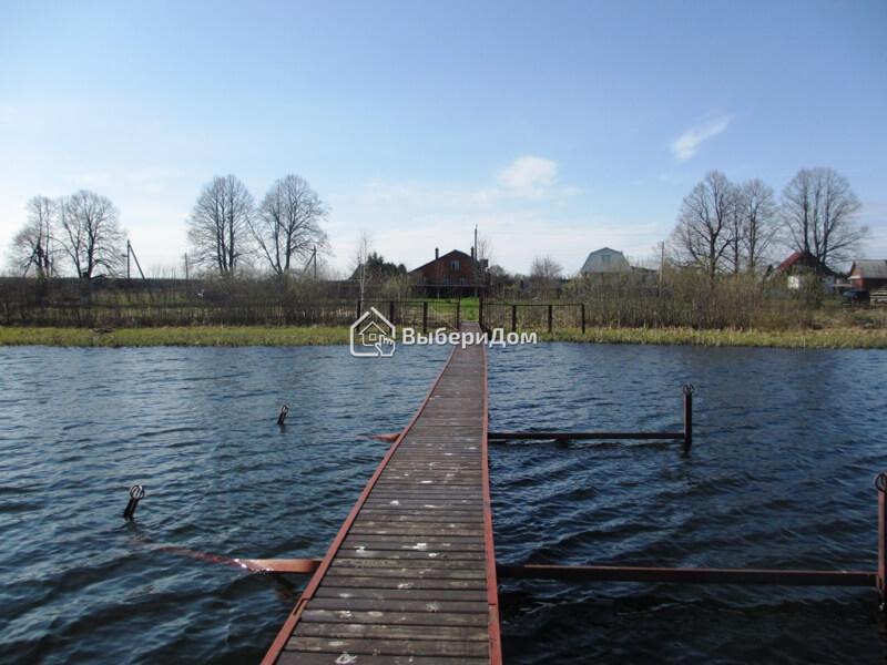 Дом на берегу Валдайского озера