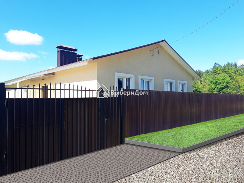Хороший кирпичный дом рядом с сосновым бором